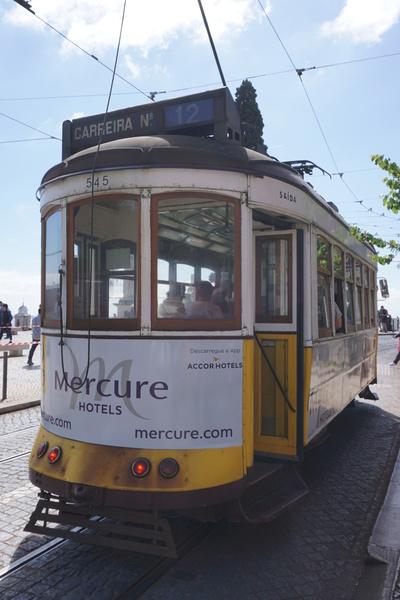 Un vieux tramway de Lisbonne
