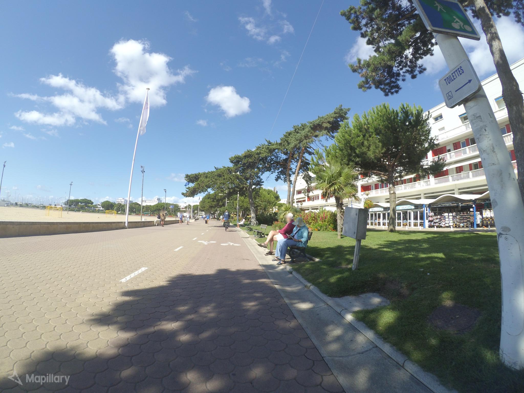 Pistes cyclables à Royan, très conflictuelles…