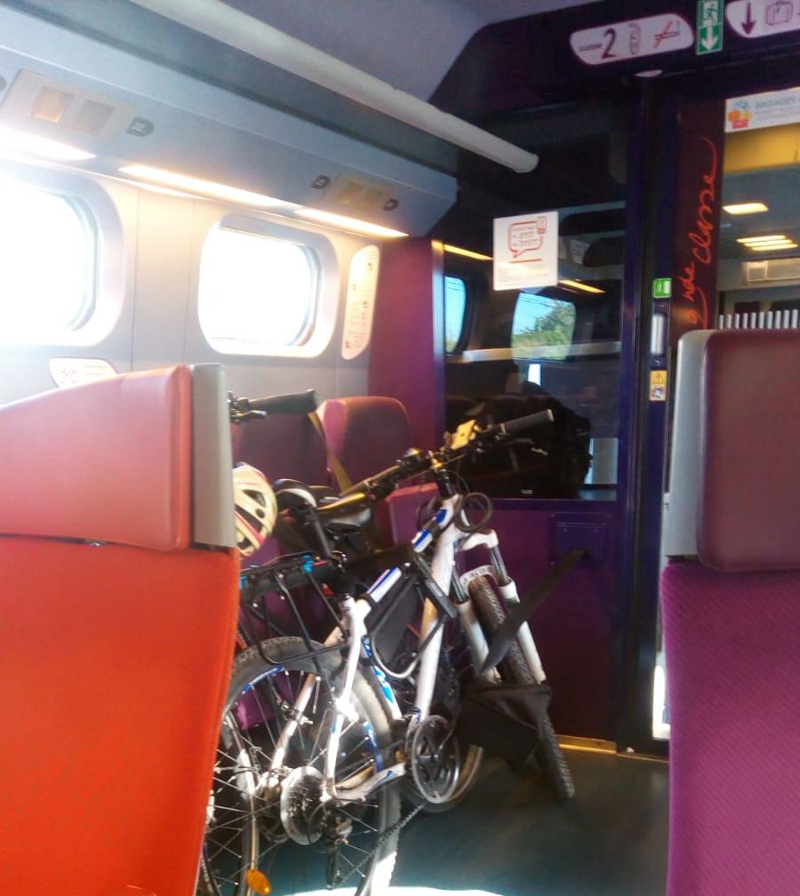 Rame vélo dans le TGV Ouest.