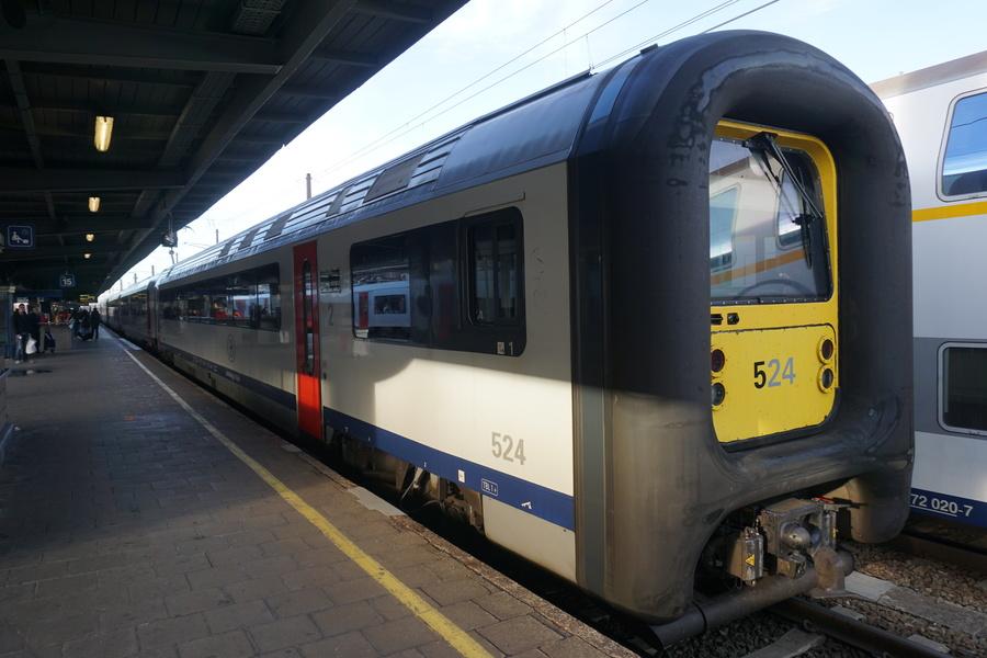 Le train Bruxelles - Gent - Brugge